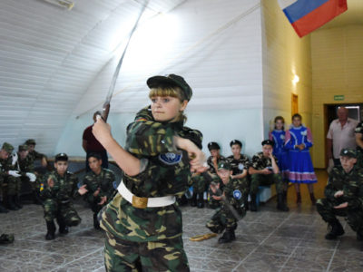В Оренбурге стартовал месячник военно патриотической и спортивной работы (фото)